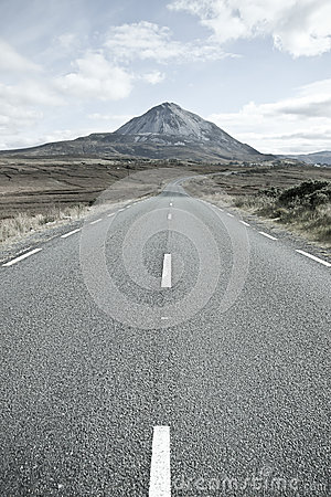 Empty road to the Errigal mountains