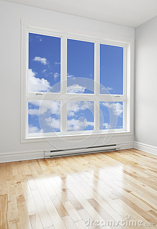 Free Empty Room And Blue Sky Seen Through The Window Royalty Free Stock Images - 28206009
