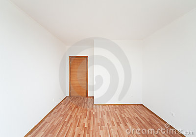 Empty room with door