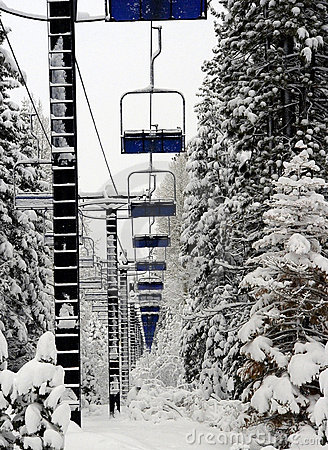 Free Empty Ski Lift Royalty Free Stock Photography - 7047