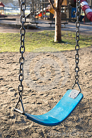 Free Empty Swing In Kids Playground Royalty Free Stock Images - 65003119