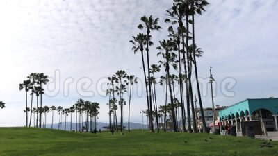 Empty Venice Beach Footage. Footage of an empty Venice beach abandoned due to the Coronavirus quarantine in March 2020 stock video