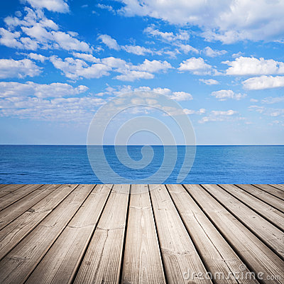 Free Empty Wooden Pier With Sea And Cloudy Sky Stock Image - 35109661