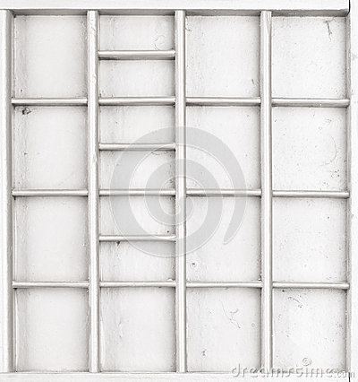 Free Empty Wooden White Painted Seed Or Letters Or Collectibles Box Stock Photos - 94817093