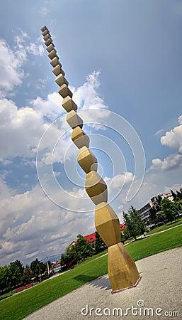 Endless column