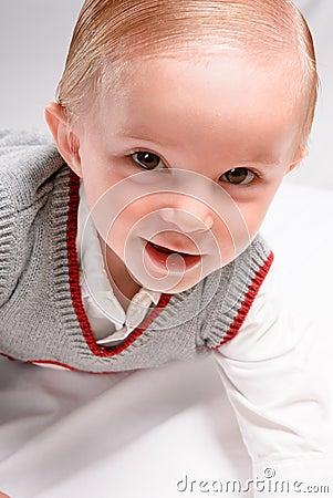 Enfant en bas âge de sourire