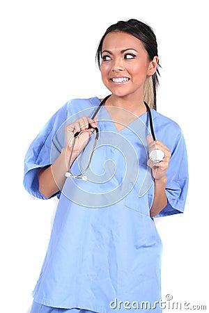 Enfermera de sexo femenino linda, doctor, trabajador médico