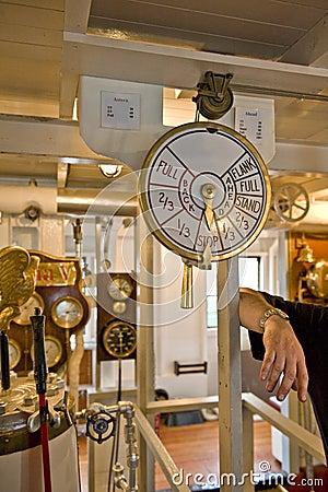 Engine room speed telegraph