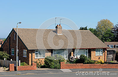 English bungalow houses