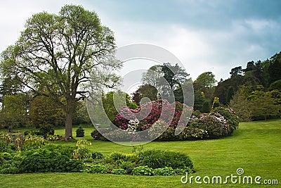 English country formal garden