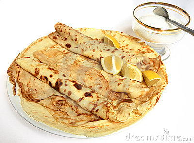 English crepe pancakes, lemon and sugar