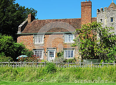 English Rural House and Garden