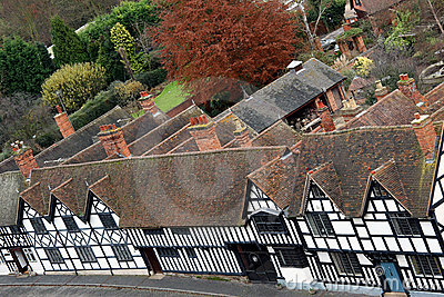 English Tudor houses