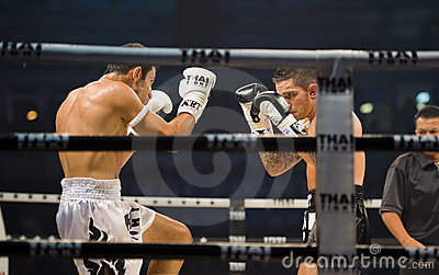 English vs iranian thai boxer in bangkok Editorial Stock Image
