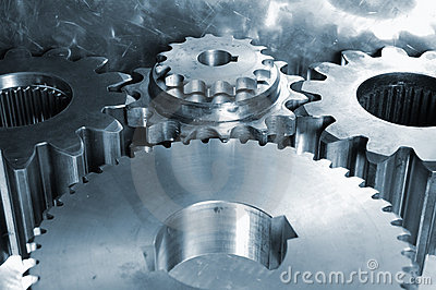 Engrenagens de aço de encontro ao titânio