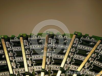 Enheter för datoriv-minne