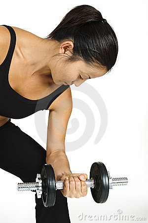 Enrollamiento 2 de la pesa de gimnasia