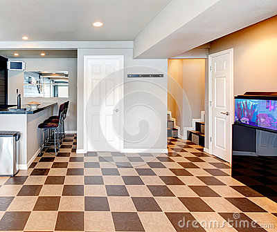 Entertainment room with bar