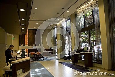 Entrada do hotel de luxo Imagem Editorial