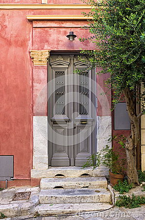 Free Entrance To An Old Neoclassical Building In Mets Neighborhood, Athens, Greece Royalty Free Stock Images - 63103439