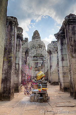 Free Entrance To Bayon Temple Royalty Free Stock Photos - 26759158