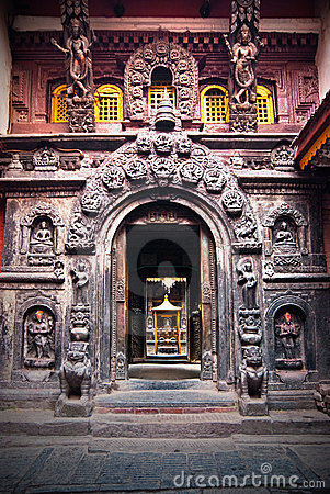Entrance to the Patan s Golden Temple.