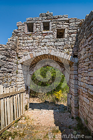 Free Entrance To The Old Fortress Of Sutomore Town Royalty Free Stock Photo - 68271295