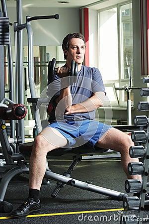 Entrenamiento con pesa de gimnasia