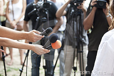 Entrevista de los media