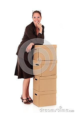 Economiser jusqu'à 40% sur vos envois (La Poste) Envoi-par-la-poste-de-femme-d-affaires-15632267