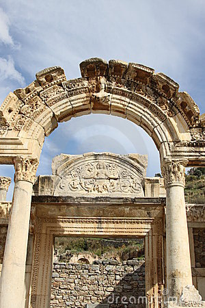 Ephesus hadrianus寺庙