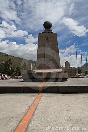 Free Equator Monument Royalty Free Stock Photography - 6422097