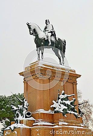 statue of giuseppe garibaldi in rome