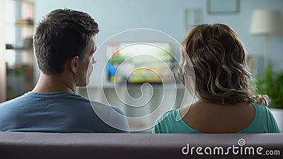 Equipaggi i canali nervoso di commutazione, qualità scadente del collegamento astuto digitale della TV stock footage