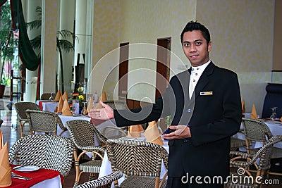 Equipe de funcionários ou empregado de mesa do restaurante