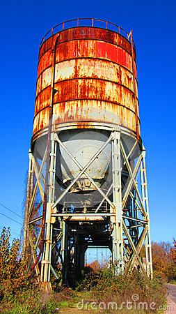 Free Equipment Of The Old Broken And Abandoned Industries In City Of Banja Luka - 1, Silo Tank For Powder Materials Royalty Free Stock Image - 62037356