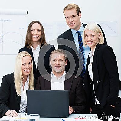 Equipo profesional dedicado del negocio