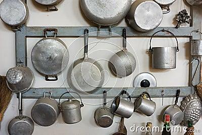 Equipo viejo de la cocina