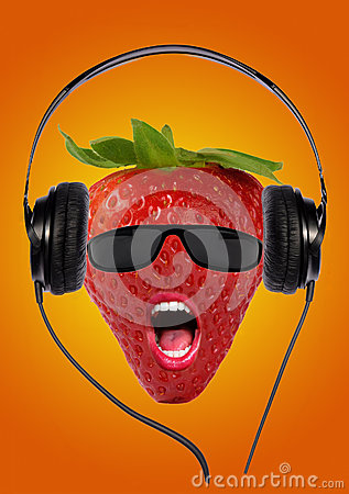 Erdbeere mit Kopfhörern