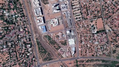 Erde summt herein lautes Summen aus Gaborone Botswana laut stock footage