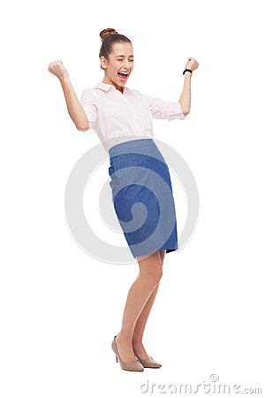 Erfolgreiche Geschäftsfrau mit den zusammengepreßten Fäusten