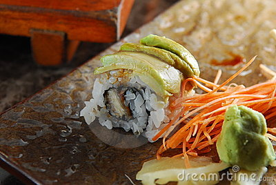 Erl avocado roll