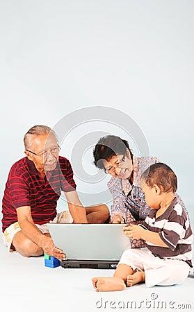 Erlernen Sie, wie man einen Laptop benutzt