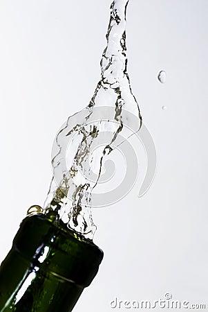 Erneuern Sie sich mit Wasser