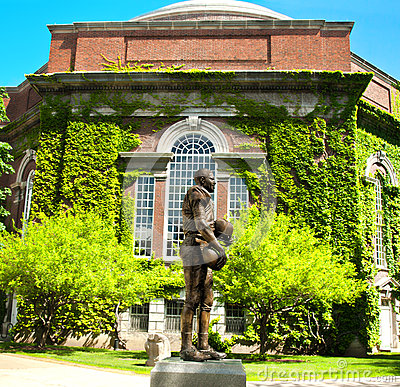 Ernie davis statue at syracuse university Editorial Image