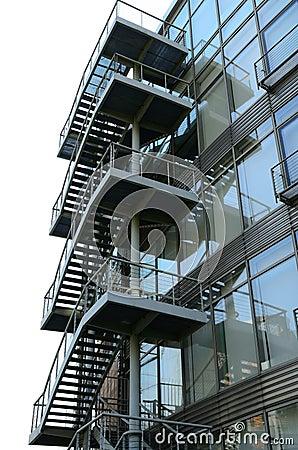 Escaleras de acero exteriores foto de archivo libre de for Escaleras de exterior