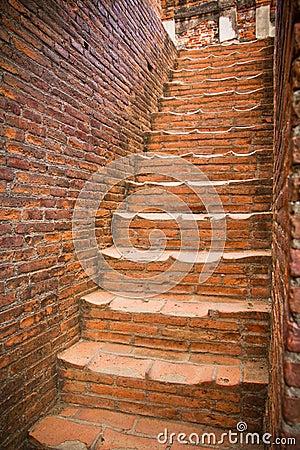 Escaleras del ladrillo rojo fotograf a de archivo libre de - Escaleras de ladrillo ...