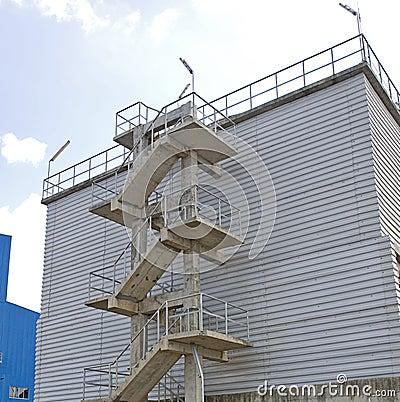Escalier d 39 usine photo libre de droits image 27751435 - Escalier direct usine ...