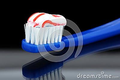 Escova de dentes.