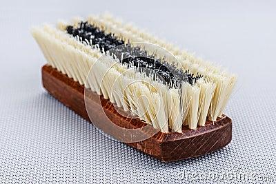 Escova de madeira da sapata
